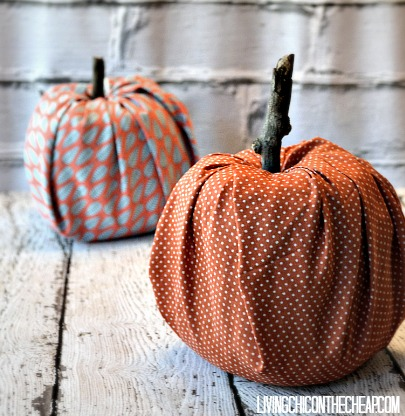 How to Make Pumpkins from Toilet Paper Rolls